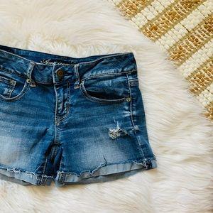 American Eagle Distressed Cuff Shorts